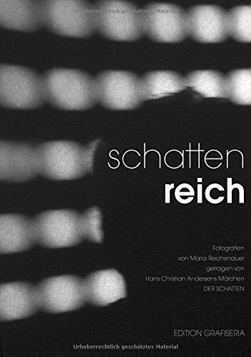 """Schattenspiel: Fotografien von Maria Reichenauer, getragen von Hans Christian Andersens Märchen """"Der Schatten"""""""