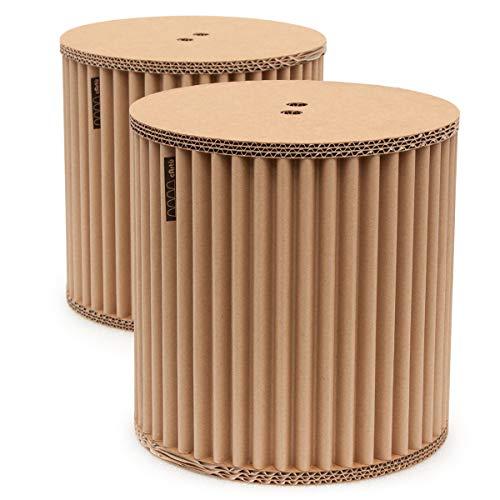 Conjunto de taburetes cArtù: dos pequeños taburetes de almacenamiento robustos perfectos para las habitaciones de los niños, pero también estupendos como mesitas de noche. Realizados en cArtù, un nuevo tipo de cartón corrugado con un diseño elegante y eco