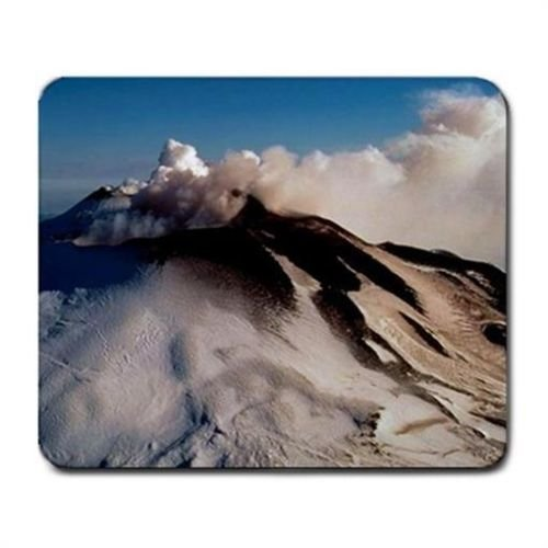 aetna-volcano-in-sicily-italy-with-snow-mouse-mat-pad-mousepad