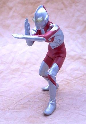 gashapon-hgcore-ultraman-korin-silvery-white-giant-hen-ultraman-single-item
