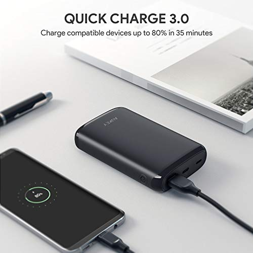 AUKEY USB C 10000mAh Power Bank con 18W Power Delivery Compatibile con iPhone XS/XS Max/XR, Nintendo Switch Tablets ECC.