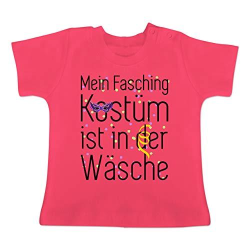 Karneval und Fasching Baby - Mein Fasching Kostüm ist in der Wäsche - 18-24 Monate - Fuchsia - BZ02 - Baby T-Shirt Kurzarm