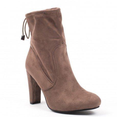 Ideal Shoes - Bottines montantes effet daim Pamella Beige
