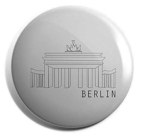 Hippowarehouse Travel Berlin Badge Pin 25mm