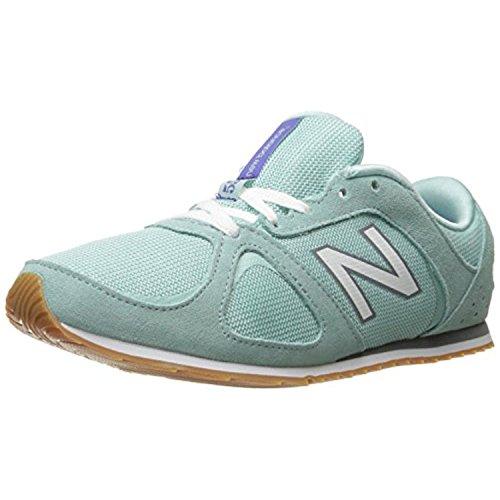 New Balance Women's 555 Casual Lifestyle Sneaker