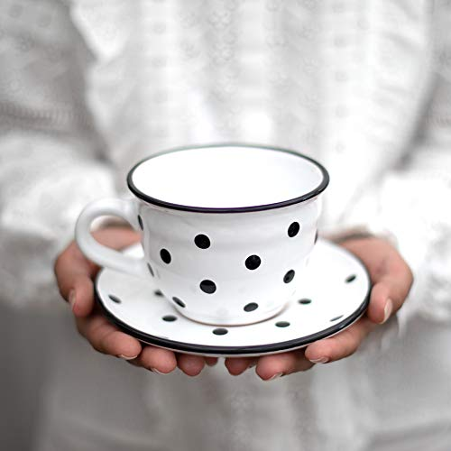 City to Cottage | Tasse et sous tasse à café, à thé | blanche à pois noirs en céramique faite et peinte à la main| Grande 350ml