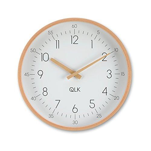 QLK Wanduhr geräuscharm weiß, SLIGHT, lautlose & moderne Design Uhr mit Holzrahmen und Zeigern, Ø31 cm (weiß)