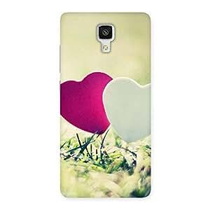 Impressive Couple Heart Back Case Cover for Xiaomi Mi 4