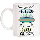 Taza Opositor. Vengo del Futuro y una Plaza es tuya. Taza de oposiciones para regalo al estudiante