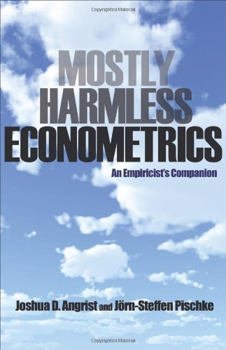Mostly Harmless Econometrics: An Empiricist's Companion by Angrist, Joshua D., Pischke, J?rn-Steffen (2009) Paperback