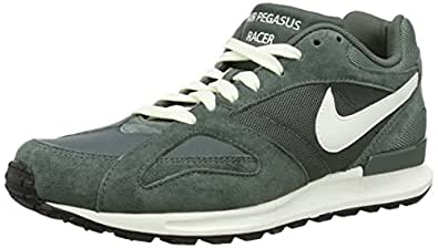 Nike Air Pegasus New Racer, Chaussons Sneaker Homme, Gris (Dark Mica Green/Sail/Black/Beach), Taille 41 (7 UK)