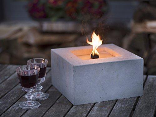 Beske-Betonfeuer mit 'Dauerdocht' | Größe 25x25x13 mit dickem, elegantem Rand | Wiederbefüllbare Gartenfackel in zeitlosem, puristischem Design | 'Unendliche' Brenndauer durch umweltfreundliches Recycling von Kerzenwachs