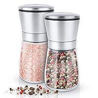 Ces moulins à épices sont en verre et en acier inoxydable. Sa capacité peut contenir jusqu'à 170 g de sel ou de poivre - ou toute autre épice de votre choix. Dans son design moderne, il devient un accessoire noble dans votre cuisine. La meuleuse de h...