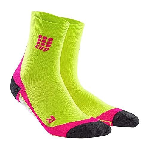 CEP - DYNAMIC+ SHORT SOCKS, Laufsocken kurz für Damen, grün / pink in Größe II, Sportsocken made by medi -