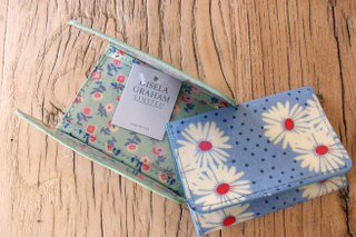 Gisela Graham Blue Floral Card Holder