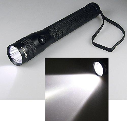 Preisvergleich Produktbild 10W HighPower LED-Taschenlampe, 700 Lumen, bis zu 350m Leuchtweite
