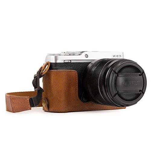 MegaGear Ever Ready Echtleder Kamera-Halbtasche mit Trageriemen und Batteriezugang für Fujifilm X-E3 braun