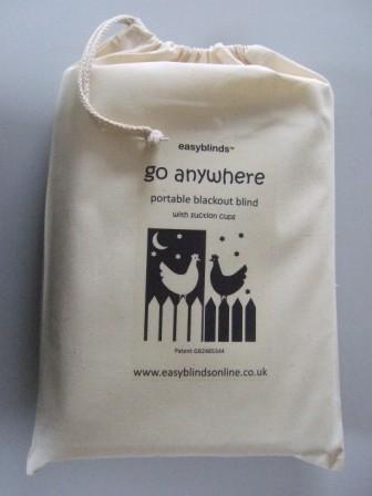 Preisvergleich Produktbild Go Anywhere portable blackout blind, REGULAR SIZE (1.5m x 1.3m), cream