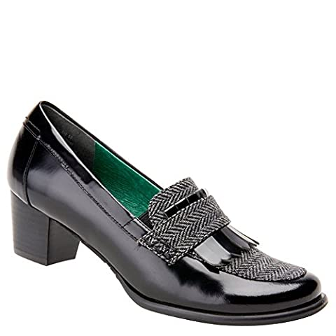 Ros Hommerson Women's Amy Loafers,Black,13 N