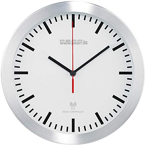 PEARL Küchen Funkuhr Wanduhr: Elegante Funk-Wanduhr im Alugehäuse, laufruhiges Quarz-Uhrwerk (Küchenuhr Funkuhr)