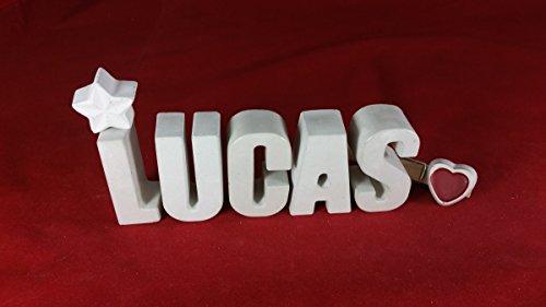 beton-steinguss-buchstaben-3d-deko-namen-lucas-als-geschenk-verpackt
