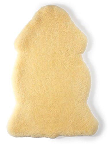 Baby Lammfell Naturform geschoren medizinisch gegerbt 100{2c91e7ada5536132a7cd8eccd5b253173538178d42f02f750056fa3f19541f64} Merino Lammfell (keine Lammwolle) Naturfell Premium Qualität waschbar, Farbe goldgelb, Made in Germany, Größe:80-90