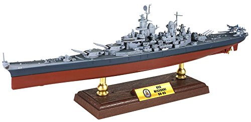 Forces of valor 1: 700 un861003 iowa-class battleship usn, uss missouri bb-63, pacific, battle of okinawa 1945
