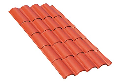 Dachvordach aus Thermoplasten in natürlichem Optik, ähnlich wie eine traditionelle Abdeckung in...