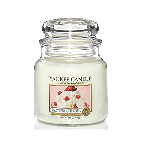 Yankee Candle Strawberry Buttercream Jar Candle - Medium