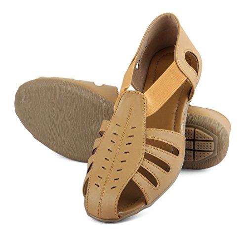 Tashi Women's Brown Sandal (EU 37)