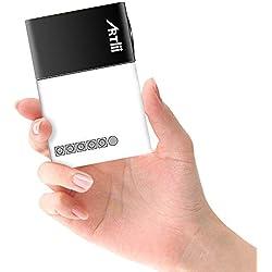 Artlii Pico Projecteur, Cadeau de Noël - Mini Vidéoprojecteur Portable Compatible Chromecast/Clé USB/Ordinateur/Console de Jeu, pour Jeux vidéo/Dessin Animé