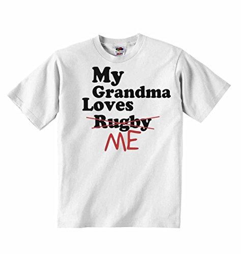 My Grandma loves me nicht Rugby–Jungen Mädchen T-Shirt personalisierbar Tees Unisex Tshirt Kleidung–Weiß–6–12Monate