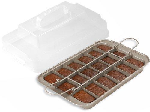 Chicago Metallic Gold Aluminum Slice Solutions Brownie Pan, 11x7 Inch by CHICAGO METALLIC - Chicago Metallic Brownie Pan