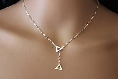 Collier cravate en argent massif pendentif triangle