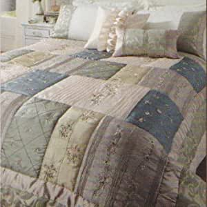 SHABBY CREAM EMBROIDERED CHIC BEDSPREAD THROW 240 X 260