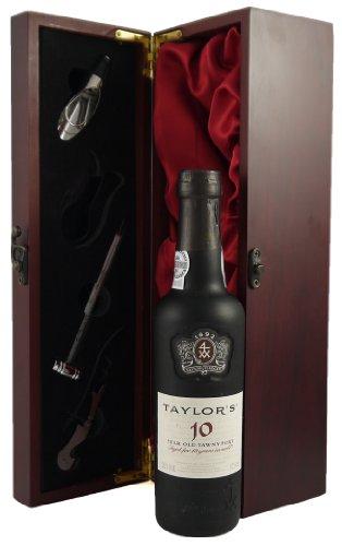 37.5CL Taylor's 10 year old Tawny Port in Weinschatulle ,Satin ausgekleidet ,mit vier Wein...