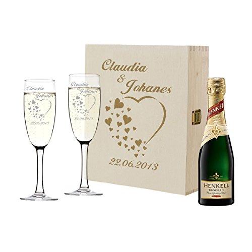 polar-effekt 2 Sektgläser und Sekt-Flasche in Geschenkbox Personalisiert - Hochzeit Geschenkidee Sektglas-Set mit Gravur - Motiv Herzen
