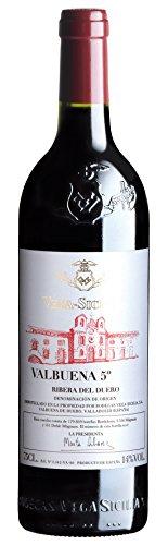 La máxima expresión de la cuna de Ribera. La leyenda de Vega Sicilia, uno de los mejores vinos del mundo llega en forma de vinazo al público. Uno de los mejores vinos del mundo.