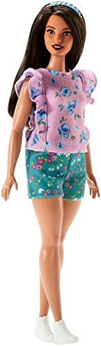 Mattel Barbie FJF43 Barbie Fashionista Puppe Im Rosa T-Shirt mit Blumenmuster und Blauer Shorts (T-shirt Barbie Rosa)