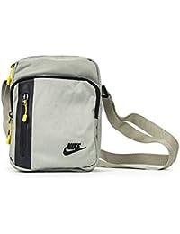 Nike Men's Core Small Items 3.0 Shoulder Bag