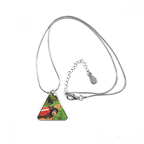 (DIYthinker Farm Spiel Truck Szene Triangle Form Anhänger Halskette Schmuck mit Kette Dekoration Geschenk)