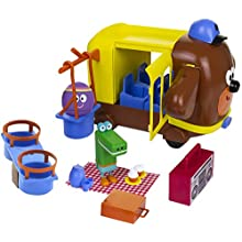 Hey Duggee Adventure Bus and Playset | Funny Role Play Action | Two Play Figures | Accessories | Picnic and Park Fun | CBeebies Show | Age 3+