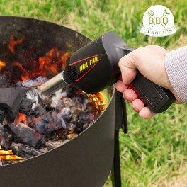 Pistole glänzt Brace geeignet für Lebensmittel und beleben die Glut von Grill und Kamin durch den Mechanismus der Luft von Druck des Taste. In Blister.