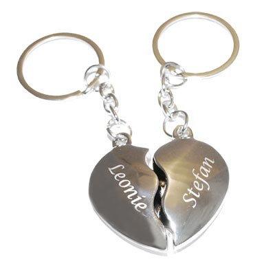 Schlüsselanhänger Broken Hearts mit Gravur - zwei geteilte Herzen