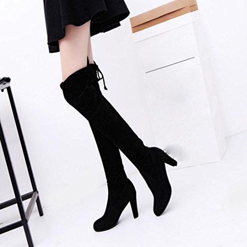Longra Gli alti talloni delle donne inarcano gli stivali Martin Nero