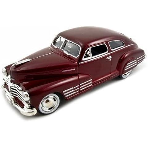 1948 Chevy Aerosedan Fleetline Red 1:24 Diecast Car Model by Motormax