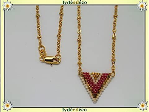 Collier plaqué or perles japonaises doré rose beige tissage triangle