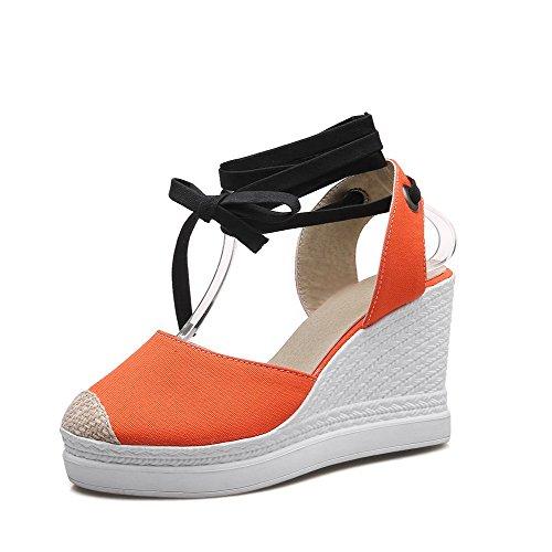 AllhqFashion Damen Schließen Zehe Hoher Absatz Weiches Material Gemischte Farbe Sandalen Orange