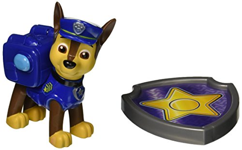 paw-patrol-action-pack-chase-figurine-sac-a-dos-et-badge
