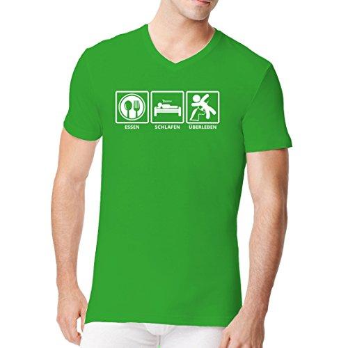 Fun Sprüche Männer V-Neck Shirt - Schlafen : Essen : Überleben - Fun Shirt by Im-Shirt Kelly Green